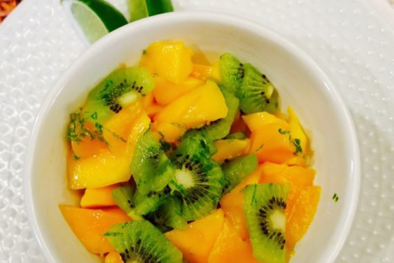 Fresh Kiwi & Mango Salad