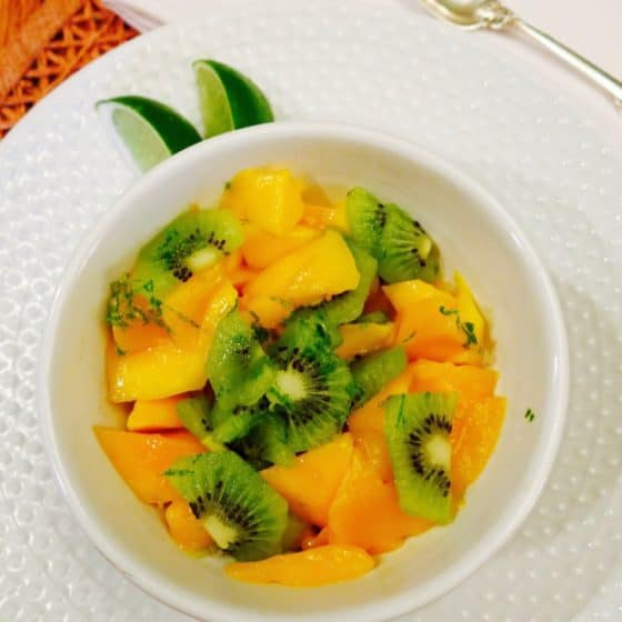 Fresh-Kiwi-Mango-Salad